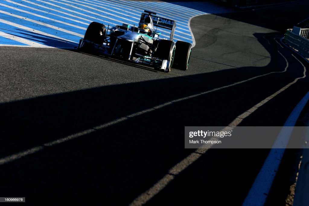 <a gi-track='captionPersonalityLinkClicked' href=/galleries/search?phrase=Lewis+Hamilton+-+Racecar+Driver&family=editorial&specificpeople=586983 ng-click='$event.stopPropagation()'>Lewis Hamilton</a> of Great Britain and Mercedes GP drives during Formula One winter testing at Circuito de Jerez on February 8, 2013 in Jerez de la Frontera, Spain.