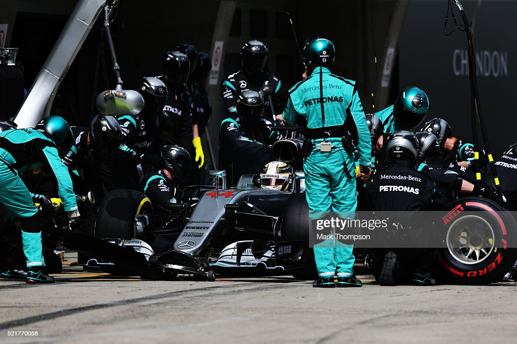 Lewis Hamilton of Great Britain driving the Mercedes AMG Petronas F1 Team Mercedes F1 WO7 Mercedes PU106C Hybrid turbo makes a pitstop for new tyres...