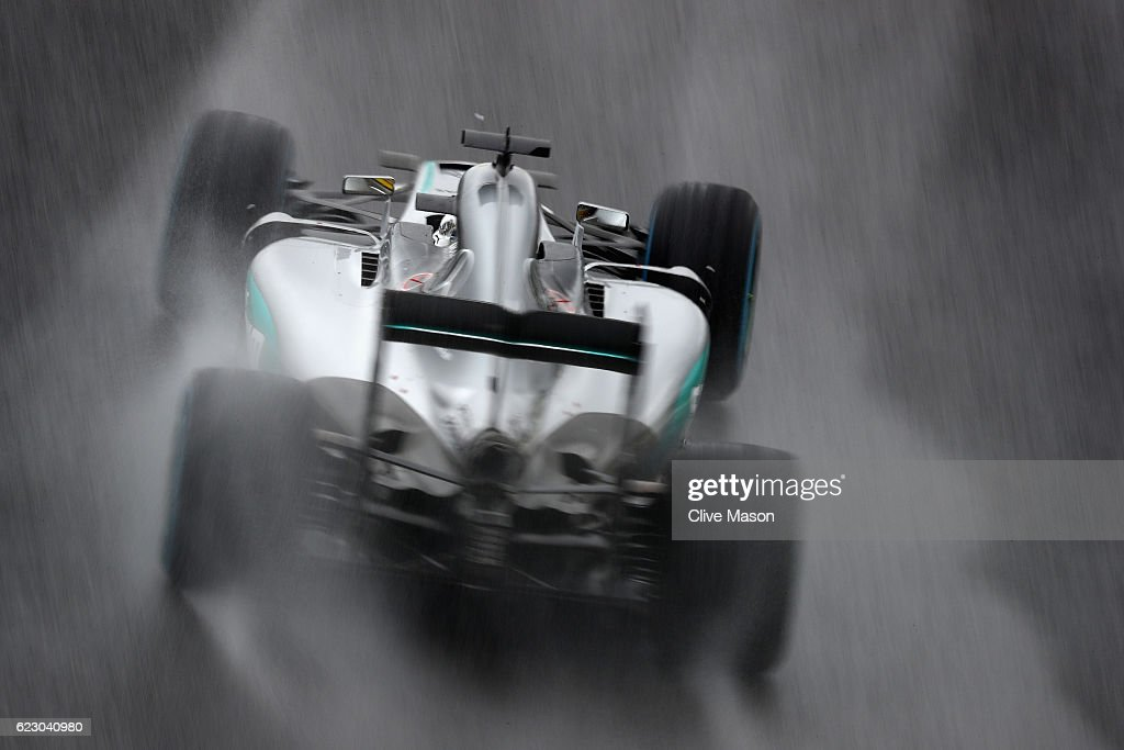 Lewis Hamilton of Great Britain driving the (44) Mercedes AMG Petronas F1 Team Mercedes F1 WO7 Mercedes PU106C Hybrid turbo on track during the Formula One Grand Prix of Brazil at Autodromo Jose Carlos Pace on November 13, 2016 in Sao Paulo, Brazil.