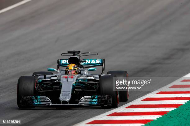Lewis Hamilton of Great Britain driving the Mercedes AMG Petronas F1 Team Mercedes F1 WO8 on track during the Formula One Grand Prix of Austria
