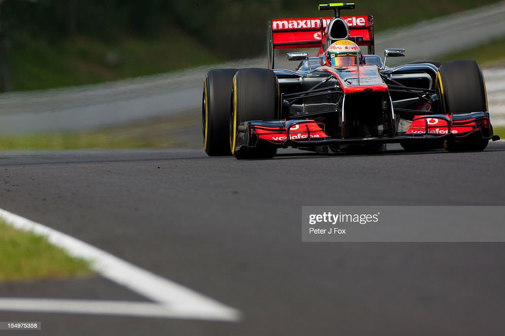 Lewis Hamilton Of Great Britain & McLaren during the Japanese Formula One Grand Prix at the Suzuka Circuit on October 7, 2012 in Suzuka, Japan.