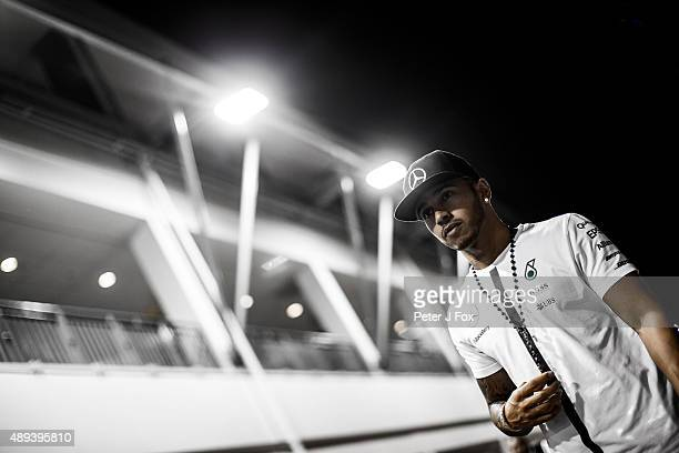 Lewis Hamilton of Mercedes and Great Britain during the Formula One Grand Prix of Singapore at Marina Bay Street Circuit on September 20 2015 in...