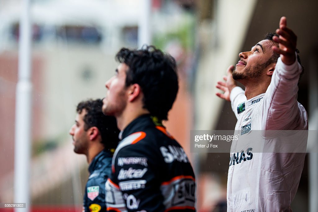 <a gi-track='captionPersonalityLinkClicked' href=/galleries/search?phrase=Lewis+Hamilton+-+Racecar+Driver&family=editorial&specificpeople=586983 ng-click='$event.stopPropagation()'>Lewis Hamilton</a> of Mercedes and Great Britain with Sergio Perez of Mexico and Force India and <a gi-track='captionPersonalityLinkClicked' href=/galleries/search?phrase=Daniel+Ricciardo&family=editorial&specificpeople=6547569 ng-click='$event.stopPropagation()'>Daniel Ricciardo</a> of Red Bull Racing and Australia during the Monaco Formula One Grand Prix at Circuit de Monaco on May 29, 2016 in Monte-Carlo, Monaco.