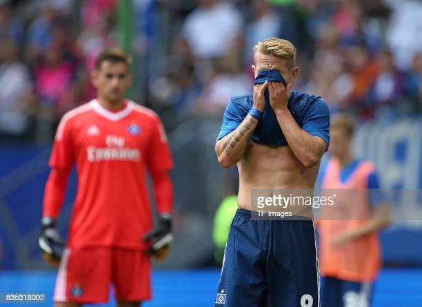 Lewis Holtby of Hamburg looks on duringthe preseason friendly match between Hamburger SV and Espanyol Barcelona on August 6 2017 in Hamburg Germany