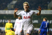 Lewis Holtby of Tottenham Hotspur celebrates scoring their third goal during the UEFA Europa League Group K match between Tottenham Hotspur FC and FC...