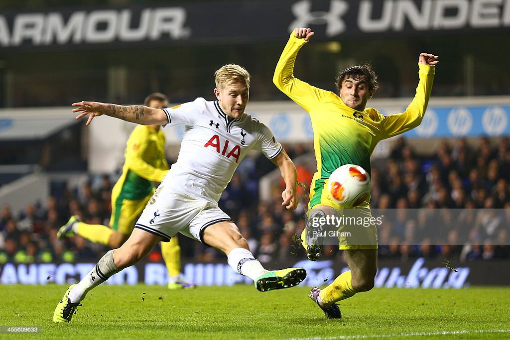 Lewis Holtby of Tottenham Hotspur scores their third goal during the UEFA Europa League Group K match between Tottenham Hotspur FC and FC Anji...