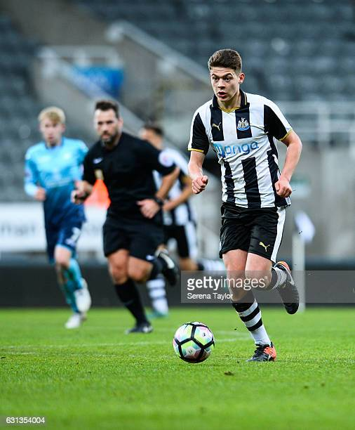 Lewis McNall of Newcastle United runs with the ball during the FA Youth Cup between Newcastle United and Swansea City at StJames' Park on January 9...