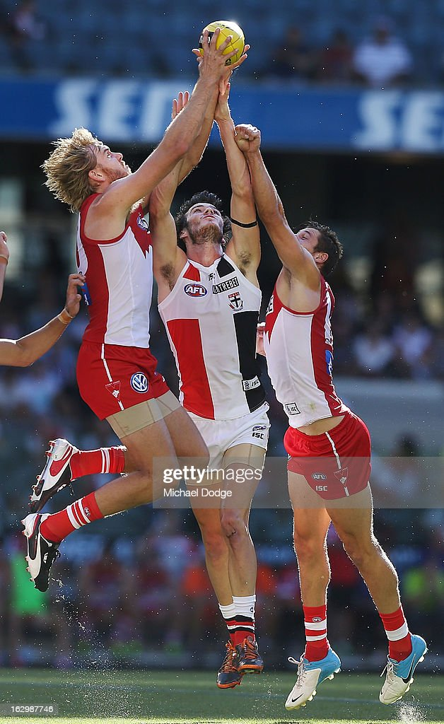 Lewis Roberts-Thompson of the Sydney Swans marks the ball during the round two AFL NAB Cup match between the St Kilda Saints and the Sydney Swans at Etihad Stadium on March 3, 2013 in Melbourne, Australia.