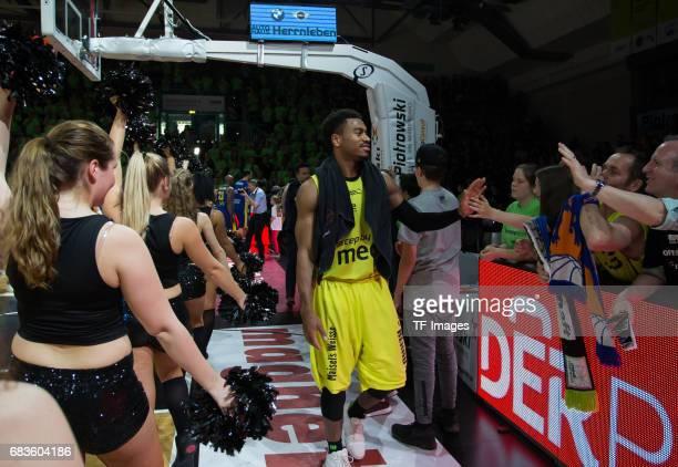 Lewis Trey of medi bayreuth shakes hands with during the easyCredit BBL match between medi bayreuth and EWE Baskets Oldenburg at Oberfrankenhalle on...