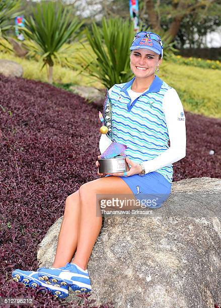 Lexi Thompson of the United States poses with the trophy after winning the 2016 Honda LPGA Thailand at Siam Country Club on February 28 2016 in Chon...