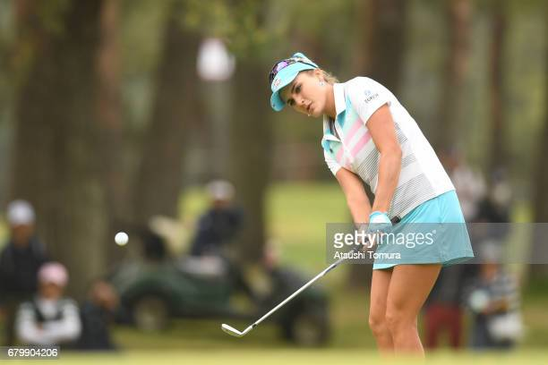 Lexi Thompson of the USA chips onto the 16th green during the final round of the World Ladies Championship Salonpas Cup at the Ibaraki Golf Club on...