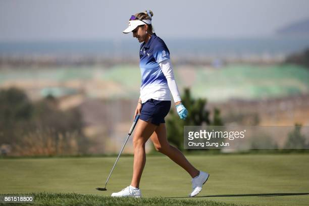 Lexi Thompson of United States on the 6th green during the final round of the LPGA KEB Hana Bank Championship at the Sky 72 Golf Club Ocean Course on...