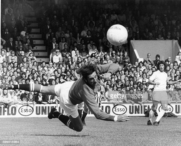 Leyton Orient v Manchester United league match at Brisbane Road August 1974 John Jackson goalkeeper for Orient pushes the ball to safety Final score...