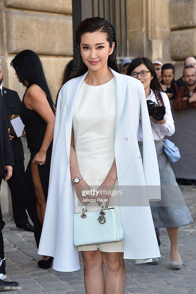 Celebrity Sighting At Paris Fashion Week, Womenswear SS 2015 : September 26th