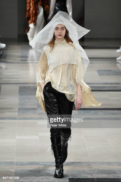 Lia Pavlova walks the runway during the Ann Demeulemeester show as part of the Paris Fashion Week Womenswear Fall/Winter 2017/2018 >> on March 2 2017...