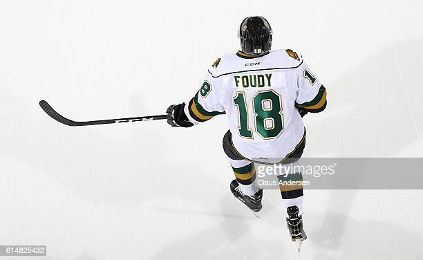 Liam Foudy of the London Knights skates against the Windsor Spitfires during an OHL game at Budweiser Gardens on October 142016 in London Ontario...