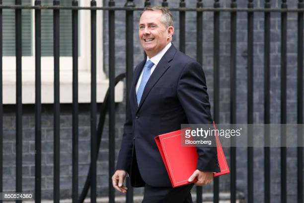 Liam Fox UK international trade secretary arrives for a special cabinet meeting at number 10 Downing Street in London UK on Thursday Sept 21 2017 UK...