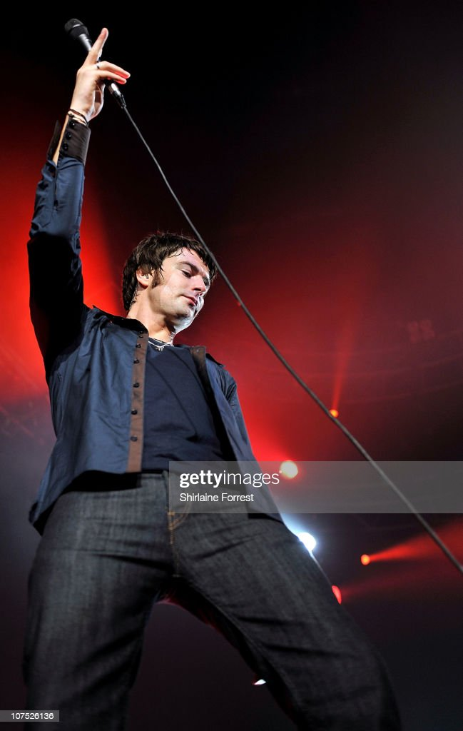COVERAGE ** Liam Fray of The Courteeners performs during a homecoming show at MEN Arena on December 10 2010 in Manchester England