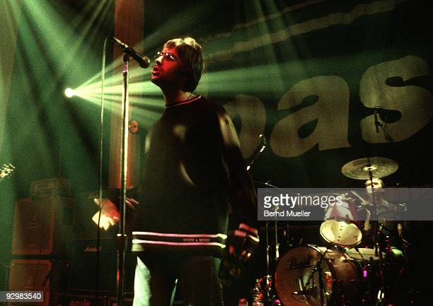 Liam Gallagher and Alan White of Oasis perform on stage at Terminal 1 on March 27th 1996 in Munich Germany