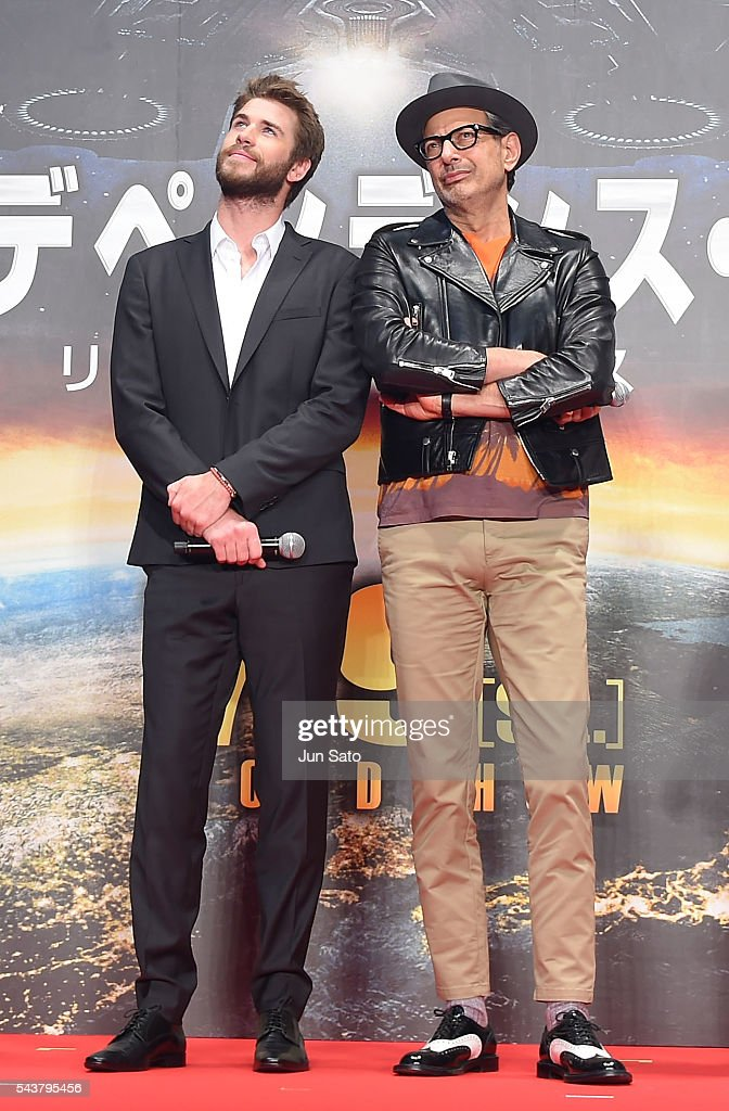 Liam Hemsworth and Jeff Goldblum attend the premiere for 'Independence Day: Resurgence' at Roppongi Hills on June 30, 2016 in Tokyo, Japan.