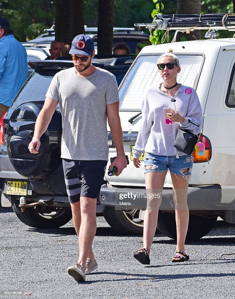 <a gi-track='captionPersonalityLinkClicked' href=/galleries/search?phrase=Liam+Hemsworth&family=editorial&specificpeople=6338547 ng-click='$event.stopPropagation()'>Liam Hemsworth</a> and <a gi-track='captionPersonalityLinkClicked' href=/galleries/search?phrase=Miley+Cyrus&family=editorial&specificpeople=3973523 ng-click='$event.stopPropagation()'>Miley Cyrus</a> seen on April 29, 2016 in Byron Bay, Australia.