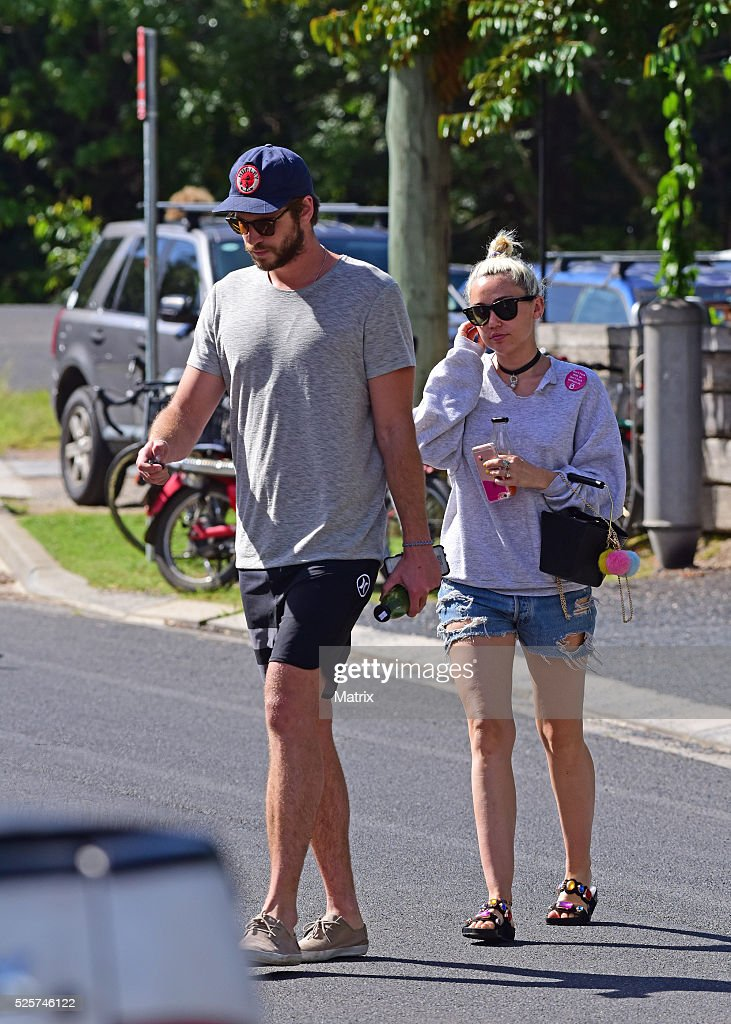 <a gi-track='captionPersonalityLinkClicked' href=/galleries/search?phrase=Liam+Hemsworth&family=editorial&specificpeople=6338547 ng-click='$event.stopPropagation()'>Liam Hemsworth</a> and <a gi-track='captionPersonalityLinkClicked' href=/galleries/search?phrase=Miley+Cyrus&family=editorial&specificpeople=3973523 ng-click='$event.stopPropagation()'>Miley Cyrus</a> spotted on April 29, 2016 in Byron Bay, Australia.