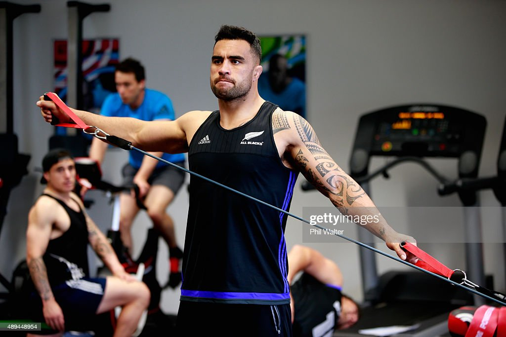 <a gi-track='captionPersonalityLinkClicked' href=/galleries/search?phrase=Liam+Messam&family=editorial&specificpeople=601526 ng-click='$event.stopPropagation()'>Liam Messam</a> of the All Blacks during a New Zealand All Blacks gym session at the Lensbury on September 21, 2015 in London, United Kingdom.
