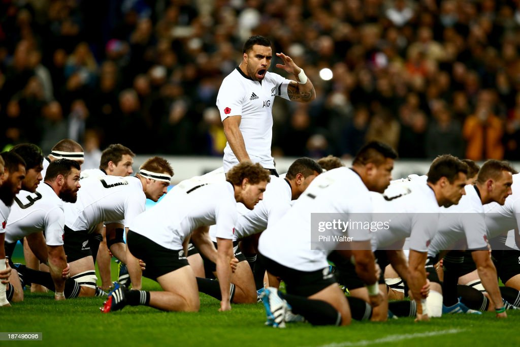 <a gi-track='captionPersonalityLinkClicked' href=/galleries/search?phrase=Liam+Messam&family=editorial&specificpeople=601526 ng-click='$event.stopPropagation()'>Liam Messam</a> of the All Blacks leads the haka during the international test match between France and the New Zealand All Blacks at Stade de France on November 9, 2013 in Paris, France.