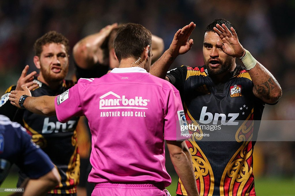 Liam Messam of the Chiefs asks referee Mike Fraser for a TMO decision during the round 13 Super Rugby match between the Chiefs and the Blues at Yarrow Stadium on May 9, 2014 in New Plymouth, New Zealand.