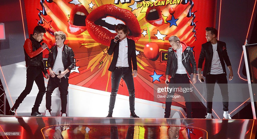 Liam Payne, Louis Tomlinson, Zayn Malik, Harry Styles and Niall Horan of One Direction perform at The Brit Awards 2013 at The O2 Arena on February 20, 2013 in London, England.