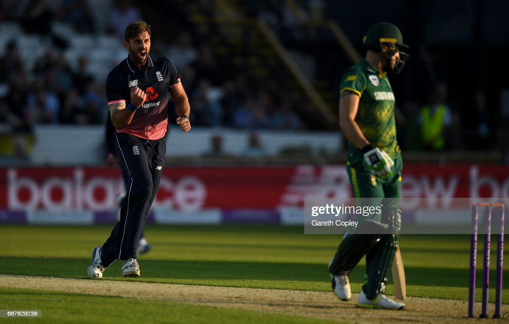 Liam Plunkett of England celebrates dismissing Faf du Plessis of South Africa during the 1st Royal London ODI match between England and South Africa at Headingley on May 24, 2017 in Leeds, England.