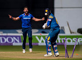Liam Plunkett of England celebrates taking the wicket of Angelo Mathews of Sri Lanka during the 5th Royal London OneDay International between England...