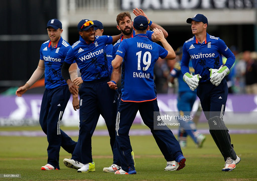 <a gi-track='captionPersonalityLinkClicked' href=/galleries/search?phrase=Liam+Plunkett&family=editorial&specificpeople=535638 ng-click='$event.stopPropagation()'>Liam Plunkett</a> (c) of England is congratulated by team mates after the wicket of Seekuge Prasanna of Sri Lanka during The 3rd ODI Royal London One-Day match between England and Sri Lanka at The County Ground on June 26, 2016 in Bristol, England.