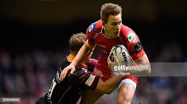 Liam Williams of the Scarlets in action during the Guinness Pro 12 match between Newport Gwent Dragons and Scarlets at Principality Stadium on April...