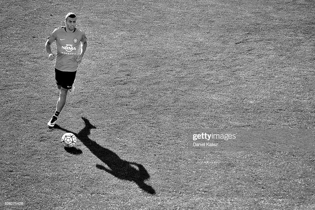 Liam Youlley of the Wanderers kicks the ball during a Western Sydney Wanderers A-League training session at Coopers Stadium on April 30, 2016 in Adelaide, Australia.