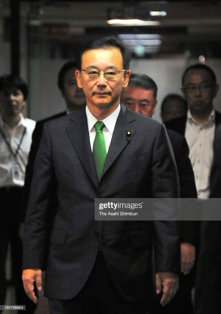 Liberal Democratic Party (LDP) president <a gi-track='captionPersonalityLinkClicked' href=/galleries/search?phrase=Sadakazu+Tanigaki&family=editorial&specificpeople=570027 ng-click='$event.stopPropagation()'>Sadakazu Tanigaki</a> walks the corridor to attend the press conference to announce he will not run for LDP's next presidential election on September 10, 2012 in Tokyo, Japan. With a crowded field lining up for the opposition Liberal Democratic Party presidential election, incumbent <a gi-track='captionPersonalityLinkClicked' href=/galleries/search?phrase=Sadakazu+Tanigaki&family=editorial&specificpeople=570027 ng-click='$event.stopPropagation()'>Sadakazu Tanigaki</a>, seeing declining support, bowed out of the race.