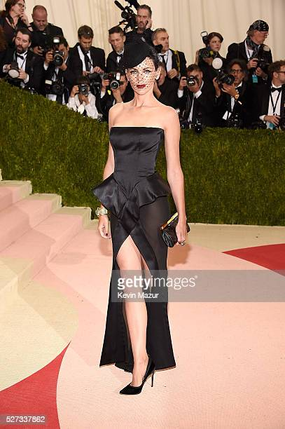 Liberty Ross attends 'Manus x Machina Fashion In An Age Of Technology' Costume Institute Gala at Metropolitan Museum of Art on May 2 2016 in New York...