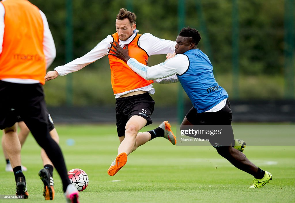 Libor Kozak of Aston Villa in action with team mate <a gi-track='captionPersonalityLinkClicked' href=/galleries/search?phrase=Micah+Richards+-+Soccer+Player&family=editorial&specificpeople=647038 ng-click='$event.stopPropagation()'>Micah Richards</a> during a Aston Villa training session at the club's training ground at Bodymoor Heath on August 21, 2015 in Birmingham, England.