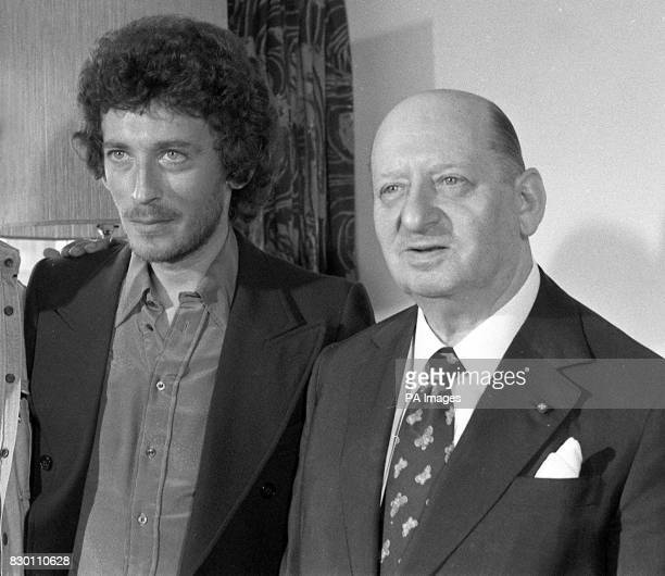 Library file 1722432 dated 1875 Sir Lew Grade with actor Robert Powell who starred in the ATV series 'The Life of Jesus' Television and film tycoon...