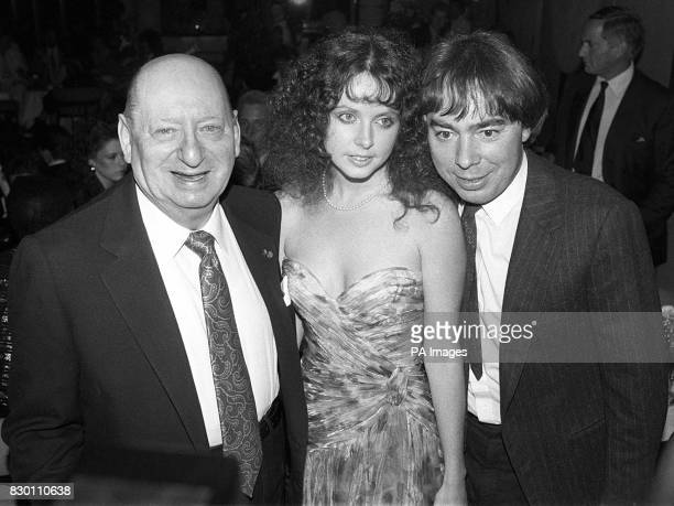 Library file 2202281 dated 11986 Lord Lew Gradewith composer Andrew LloydWebber and singer Sarah Brightman Television and film tycoon Lord Lew Grade...