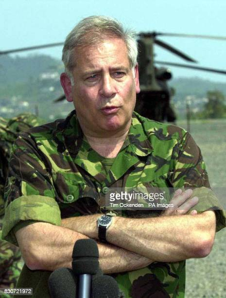 Library file picture dated 14/5/00 of Lord Guthrie the former chief of the defence staff who is to visit Pakistan it emerged Thursday October 4 2001...