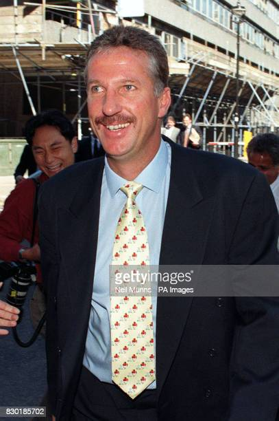 Library filer dated 9996 of cricketer Ian Botham outside the High Court Botham and Allan Lamb today Thurdsday 20th May 1999 halted a twoyear legal...