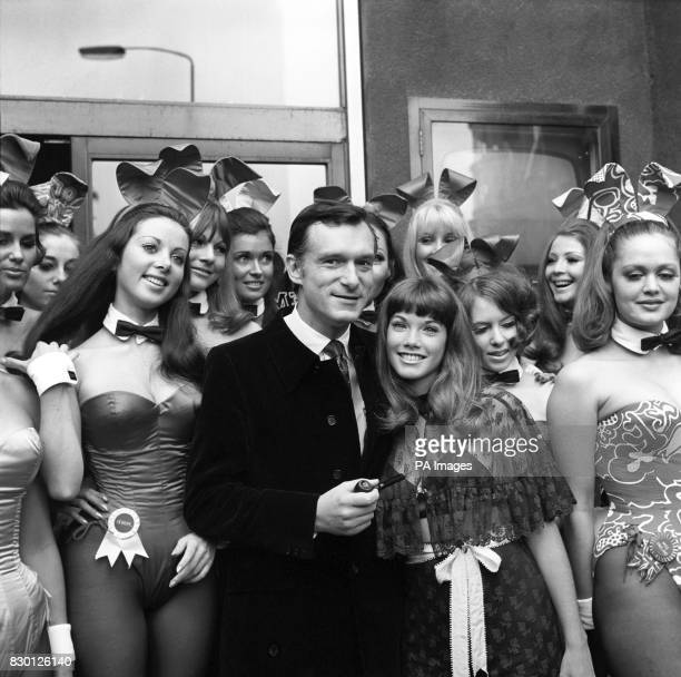 Library filer of Hugh Hefner editor publisher of Playboy Magazine his friend American actress Barbara Benton surrounded by Bunny Girls after a press...