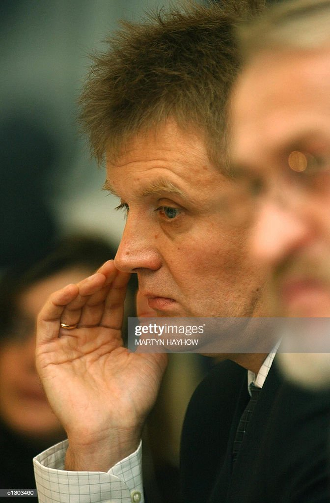 Lieutenant Colonel <a gi-track='captionPersonalityLinkClicked' href=/galleries/search?phrase=Alexander+Litvinenko&family=editorial&specificpeople=2926201 ng-click='$event.stopPropagation()'>Alexander Litvinenko</a>, a former Russian intelligence agent, and now a political refugee in Britain, is pictured at a press conference of Akhmed Zakayev, a leadeing Chechen separatist granted asylum in Britain, who is appealing for intenational help to resolve the Chechnya conflict, in London, 14 September 2004. Litvinenko came to prominence in 1998 when he told the press that his bosses ordered him and several of his colleagues to kill business mogul Boris Berezovsky. AFP PHOTO/ Martyn HAYHOW