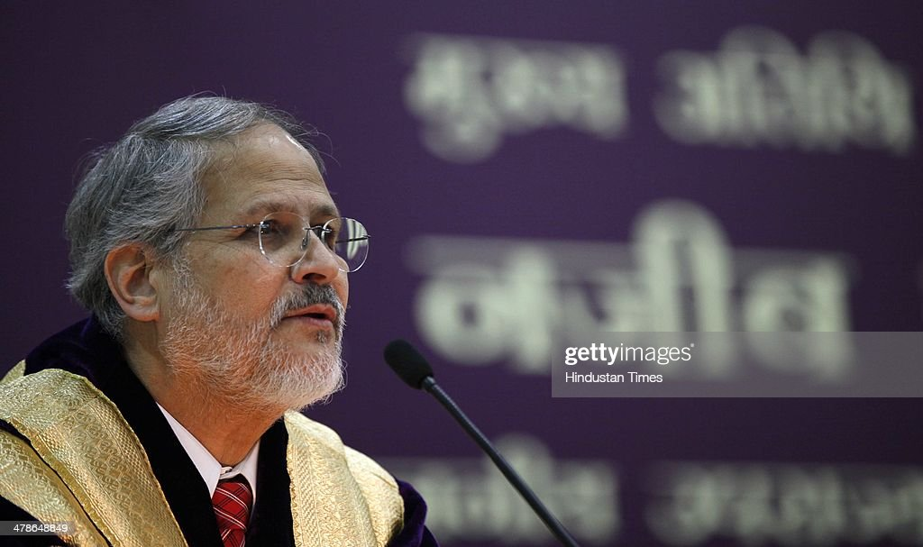 Lieutenant Governor Najeeb Jung addressing students during the 91th annual convocation of Delhi University at Old Vice-Regal Lodge on March 14, 2014 in New Delhi, India. Najeeb Jung was the chief guest.