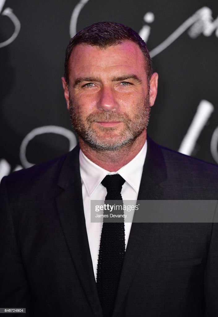 Liev Schreiber attends 'mother!' New York premiere at Radio City Music Hall on September 13, 2017 in New York City.