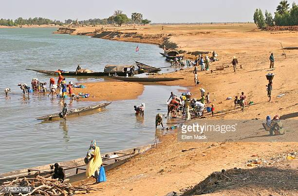 Life Along the Niger River