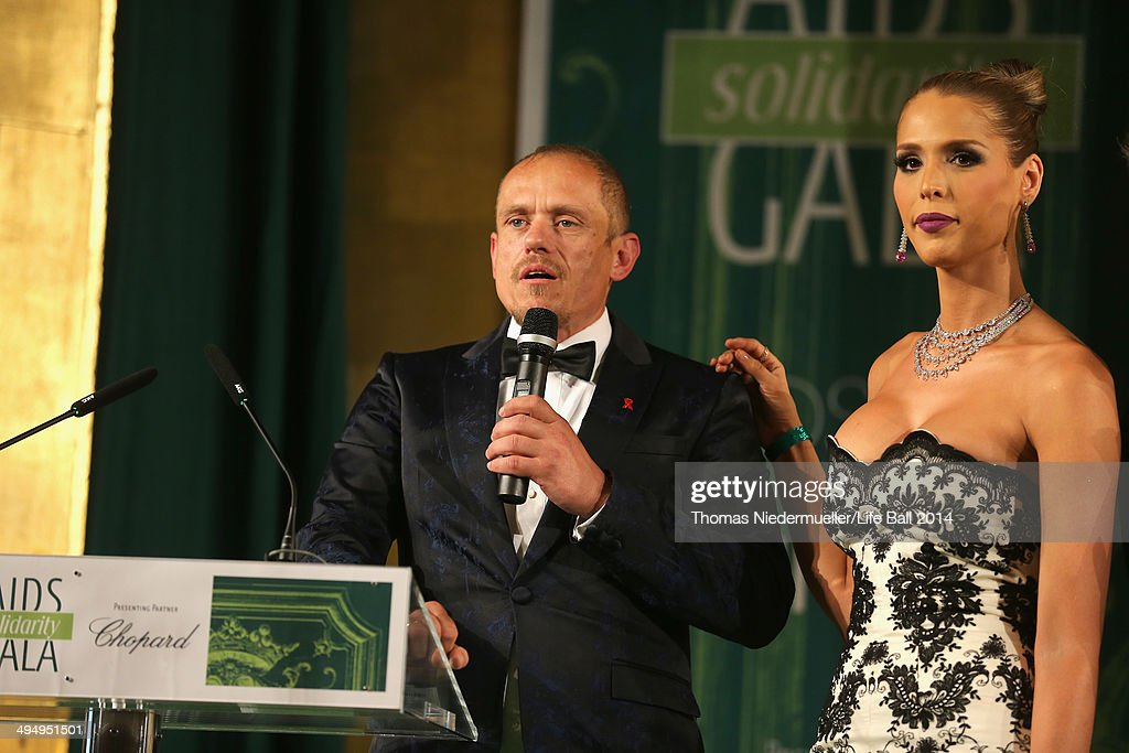 Life Ball Founder <a gi-track='captionPersonalityLinkClicked' href=/galleries/search?phrase=Gery+Keszler&family=editorial&specificpeople=625802 ng-click='$event.stopPropagation()'>Gery Keszler</a> and <a gi-track='captionPersonalityLinkClicked' href=/galleries/search?phrase=Carmen+Carrera&family=editorial&specificpeople=7433374 ng-click='$event.stopPropagation()'>Carmen Carrera</a> attend the AIDS Solidarity Gala 2014 at Hofburg Vienna on May 31, 2014 in Vienna, Austria.