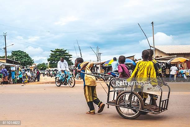 アフリカの街で生活しています。ジューグー、ベニン、西アフリカます。