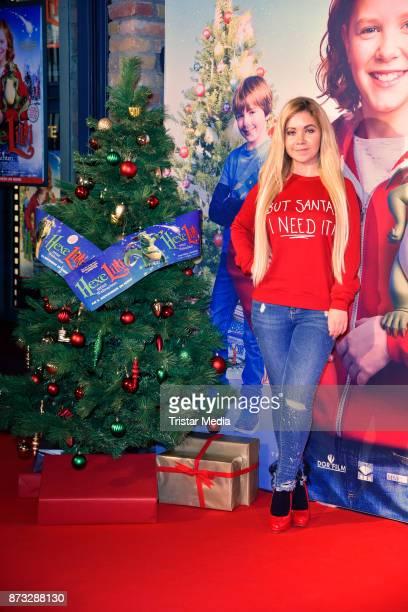 Lifestyle blogger Nadine Trompka attends the premiere of 'Hexe Lilli rettet Weihnachten' at Kino in der Kulturbrauerei on November 12 2017 in Berlin...